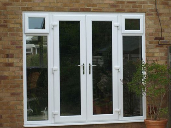 uPVC white double doors leading onto back garden, installed by Isis Windows in Oxfordshire