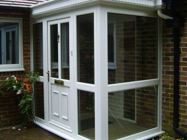 white uPVC front door installed by Isis Windows in Oxfordshire